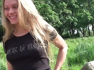 Amateur, Analsex, Baby, Blond, Im Wald, Hd, Masturbation, Nestee Shy, Russisch,