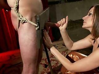 Chica, Bolas, Sadomasoquismo, Atada, Pene, Dominación Femenina, Hombre Follado Por Strapon, Tortura,