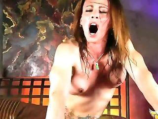 Ava Devine, Gode , Jeux, Transexuelle ,