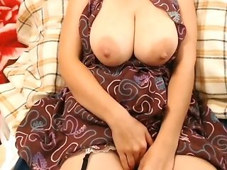 Amateur, Babe, Big Tits, Brunette, Cute, Fetish, MILF, Naughty, Saggy Tits, Solo,